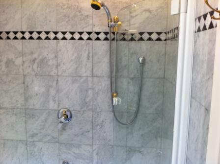 Bathroom Tile Cleaning Bathroom Tile And Grout Cleaning - Bathroom tiles cleaning tips