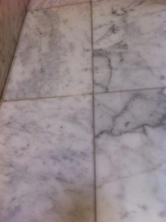 marble tile befor cleaning